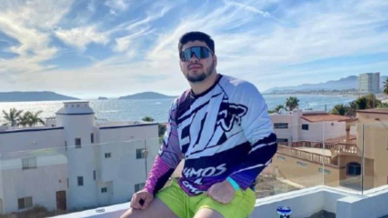 Asesinan al cantante Álex Quintero Navarro en Sonora