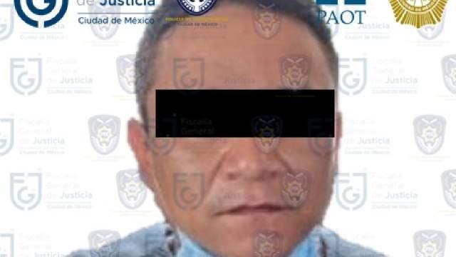 Hombre asesinó a hachazos a perros en la Ciudad de México