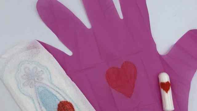 Pinky gloves guantes rosas menstruación