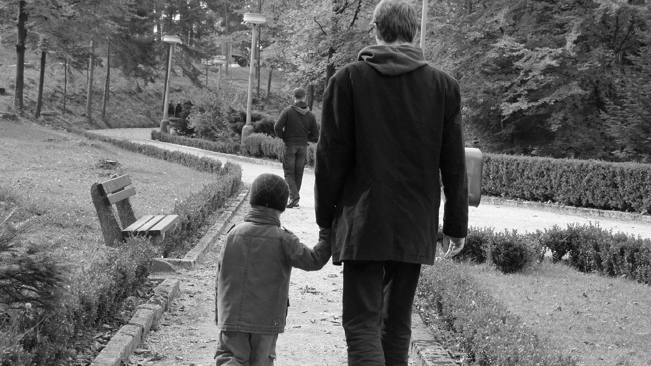 Qué es adultocentrismo y cómo afecta a las niñas y niños