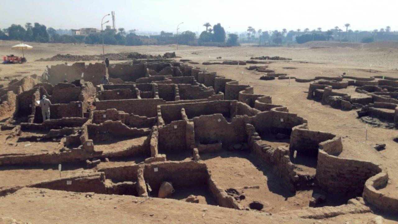 Luxor hallazgo ciudad