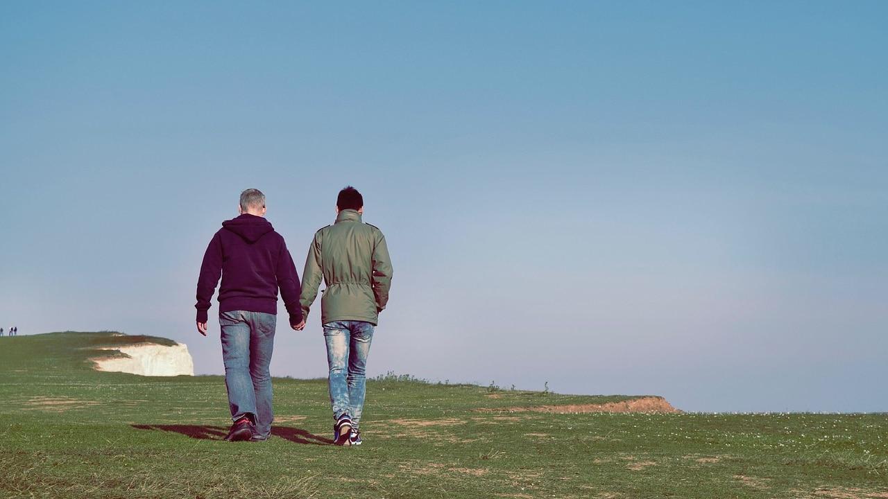 Pareja homosexual discriminada por una inmobiliaria