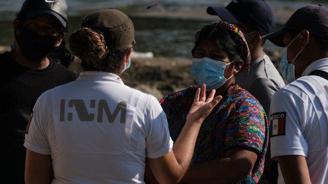 Encontraron 61 personas migrantes viajaban hacinadas en Nuevo león