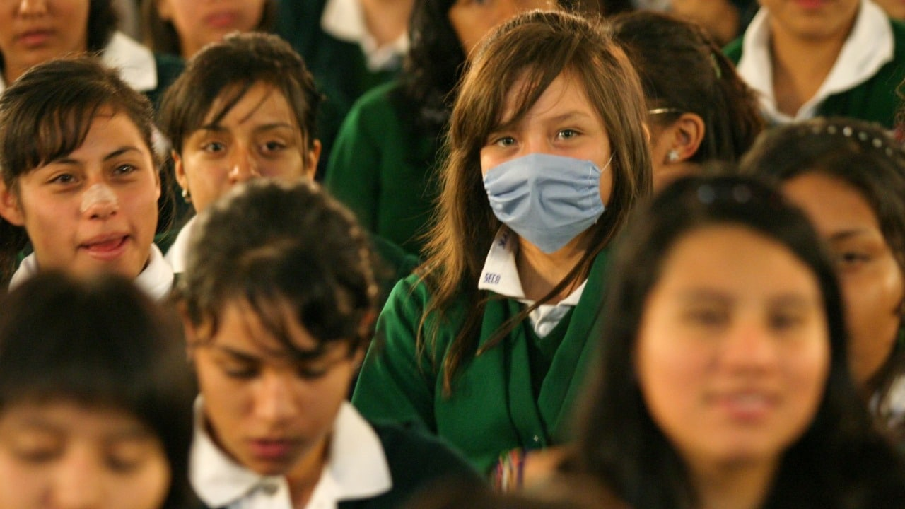 Mujeres quieren usar cubrebocas para evitar acoso