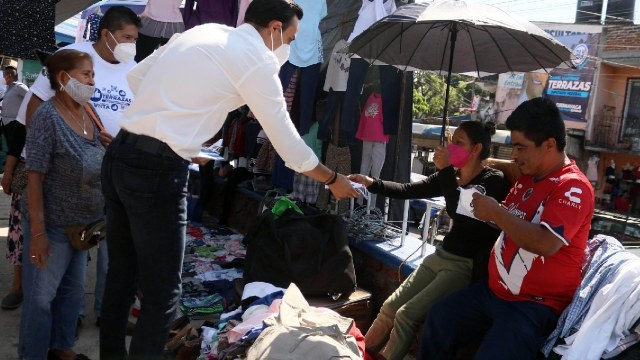 Candidato diputado Pan olvidó nombre comunidad indígena que le dio constancia