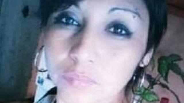 Mujer asesinada a golpes en un baño por su expareja en Argentina