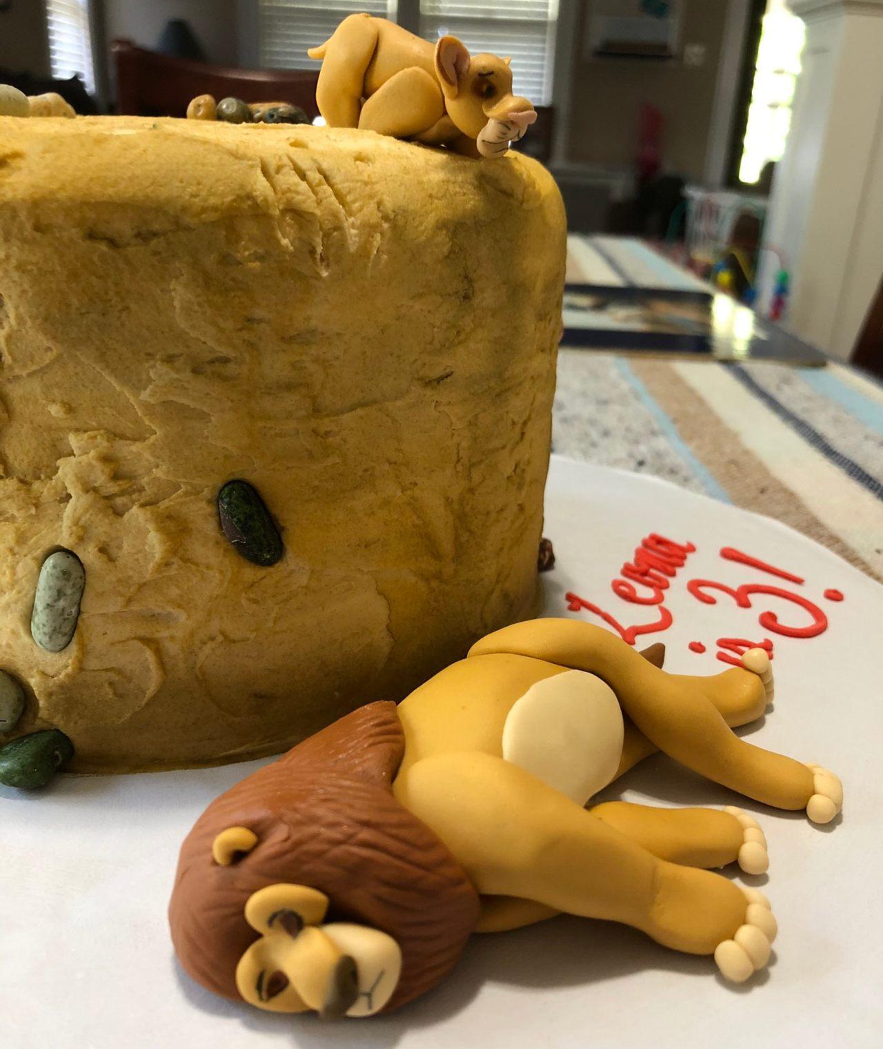 pastel de cumpleaños de la muerte de Mufasa