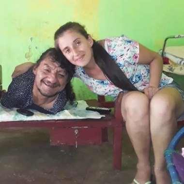 Mejor Papá del Mundo Hombre sin brazos ni piernas Paraguay