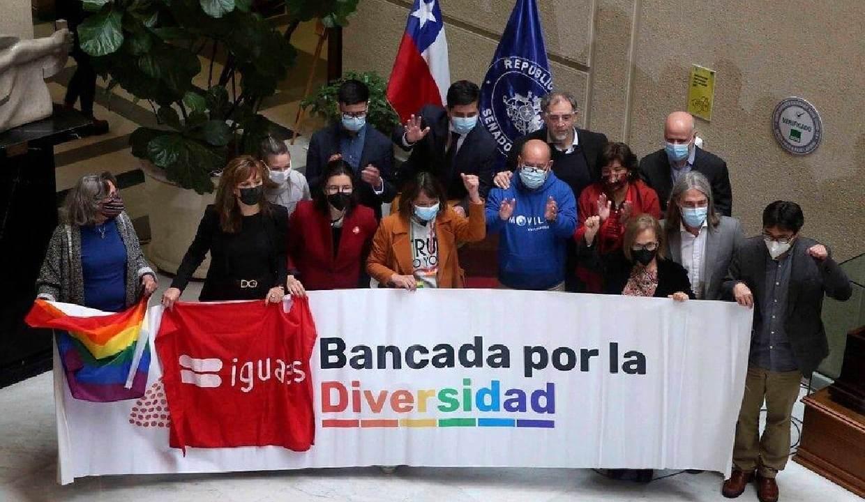 Aprueban proyecto de ley para matrimonio igualitario en Chile