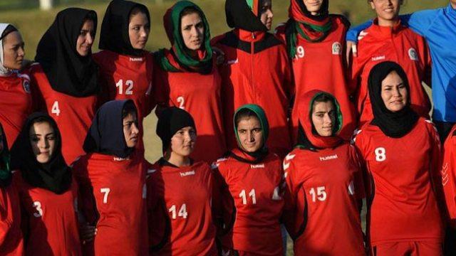 Futbolistas afganas evacuadas Afganistán