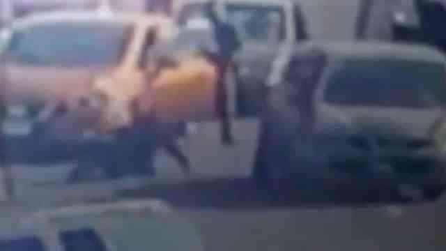 Video Automovilista Atropella Golpea Asaltante Gasolinera Ecatepec