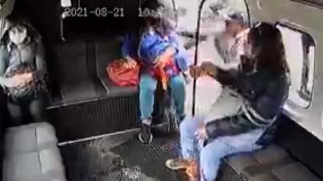 Balean a chofer de combi por evitar un asalto en Naucalpan [Video]