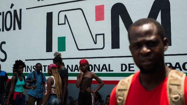 Detuvieron jóvenes dieron raite migrantes