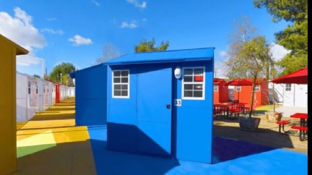 Pequeñas casas de 6 m2 ofrecen una oportunidad a indigentes de Los Angeles