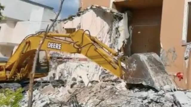 Derrumban Casa Familia Peña Coss Asesino de Cumbres