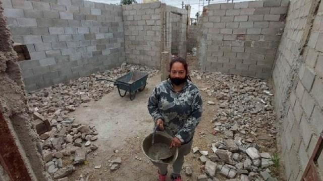 Mujer Sin Dinero Renta Construye Casa Argentina