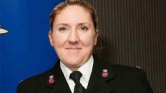Policías Ignoran Llamadas Auxilio Encuentro Sexual patrulla Reino Unido