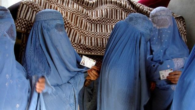 Talibanes Reglas Mujeres Universidad Afganistán