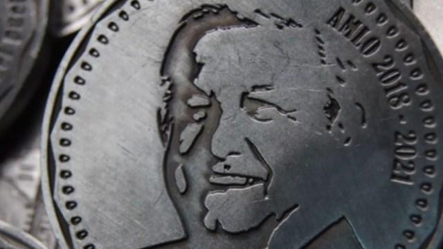 Empresa crea monedas por el gobierno de AMLO