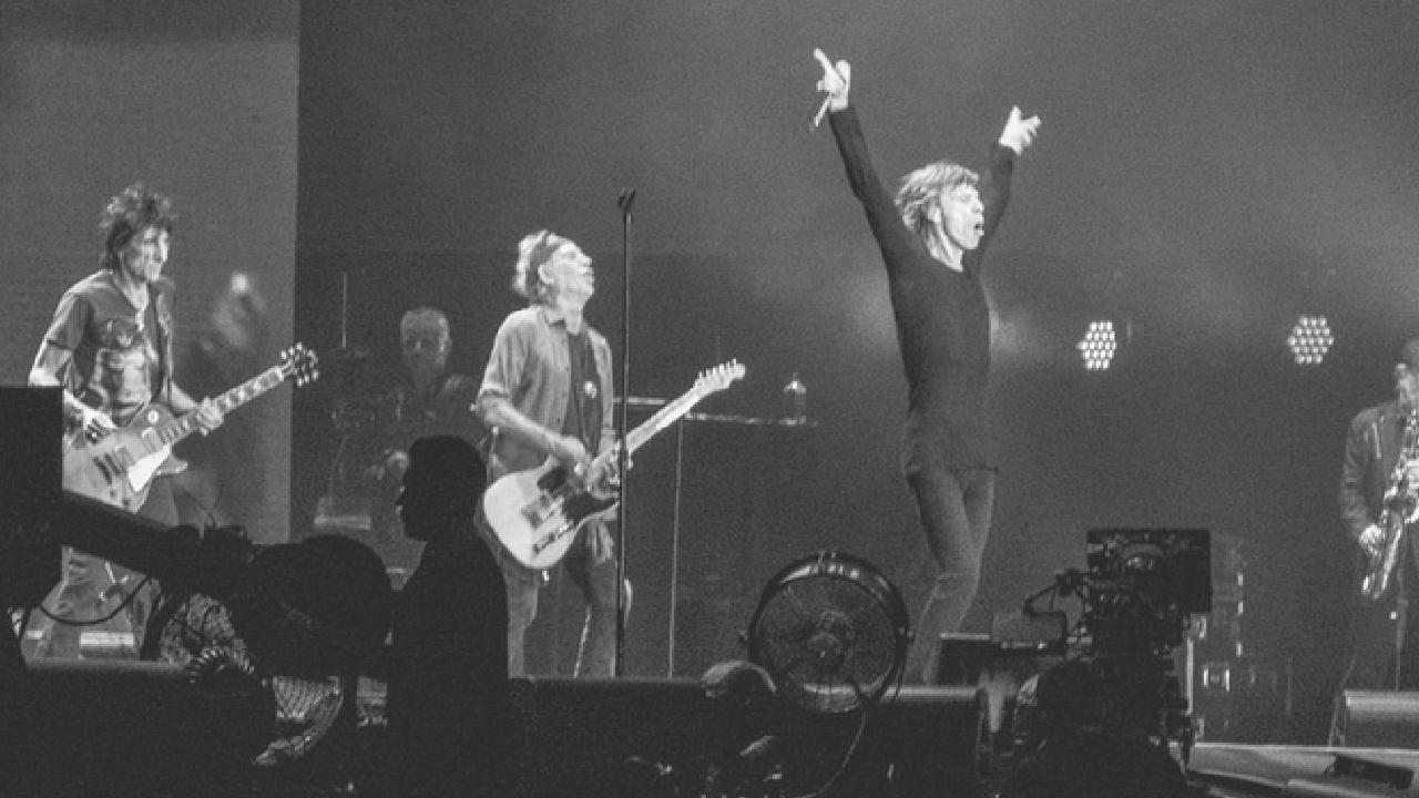 Critican a Rolling Stones por racismo