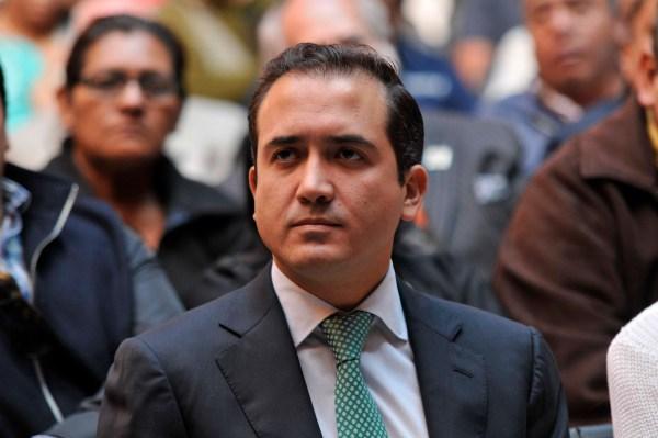 Senador Fernando Yunes Márquez/Fotover