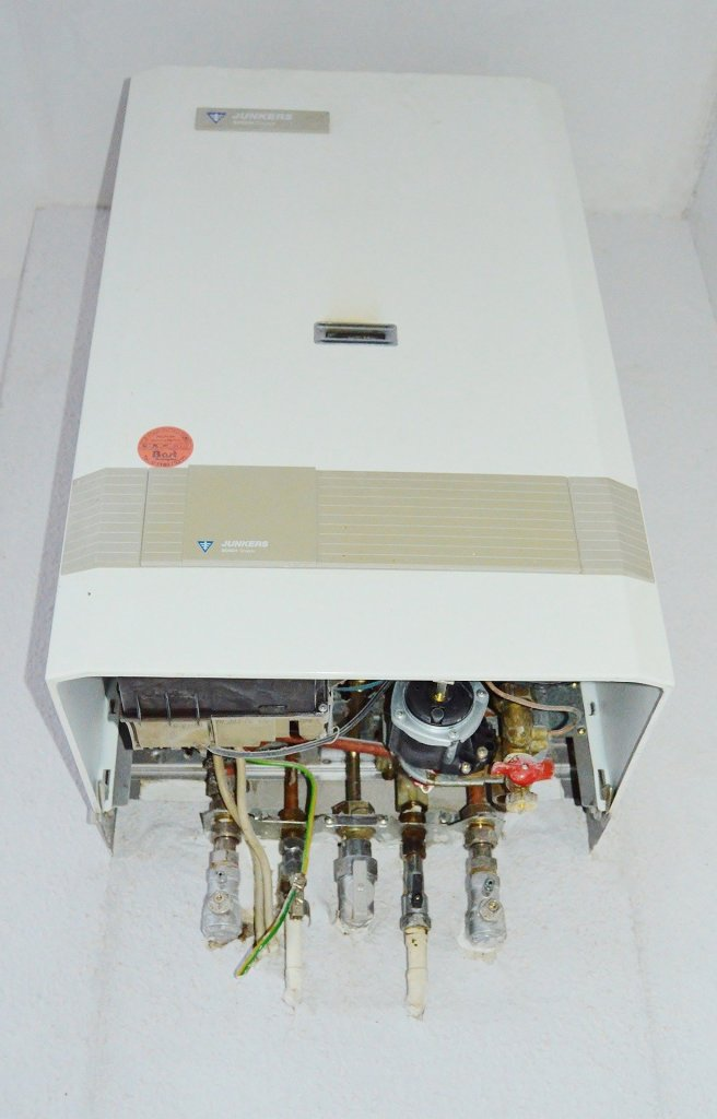COMMERCIAL WATER HEATER INSTALLATION, REPAIR, AND REPLACEMENT