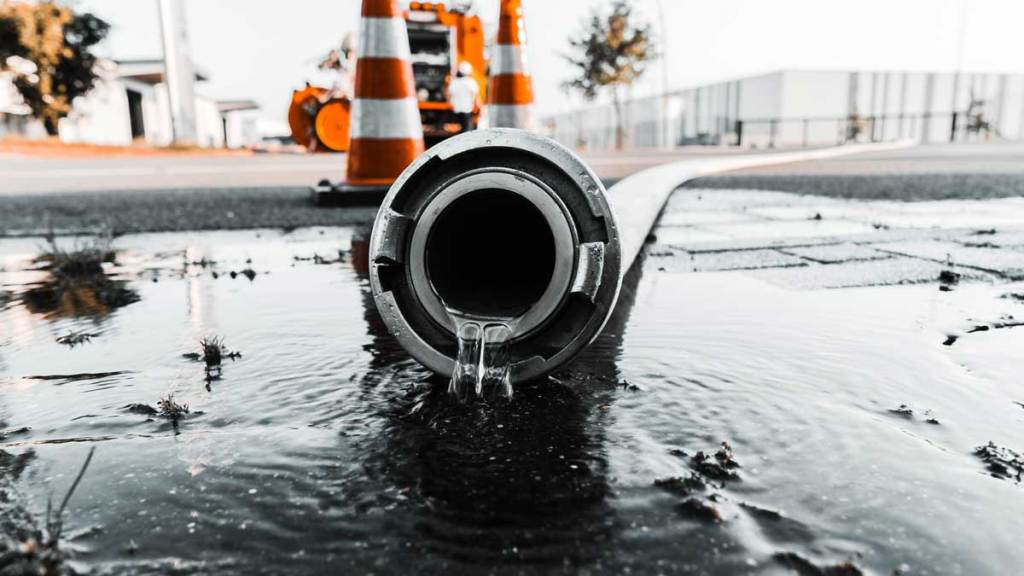 COMMERCIAL-WATER-LEAK-DETECTION--REPAIR-AND-REPLACEMENT
