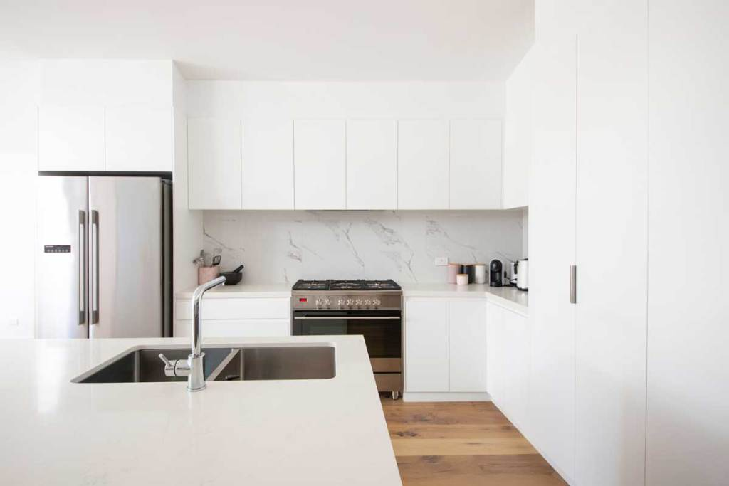 KITCHEN FAUCET AND SINK INSTALLATION, REPAIR AND REPLACEMENT IN LONDON