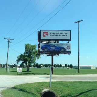 Effingham, Illinois ~ Mid America Motorworks My Garage Corvette Museum