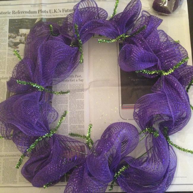 How To Make A Deco Mesh Wreath Tutorial Big Bears Wife Www