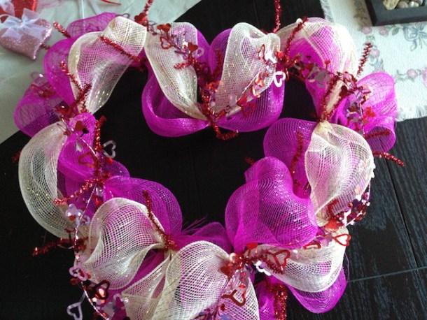 Valentine\'s Day Deco Mesh Wreath Tutorial | Just Plum Crazy