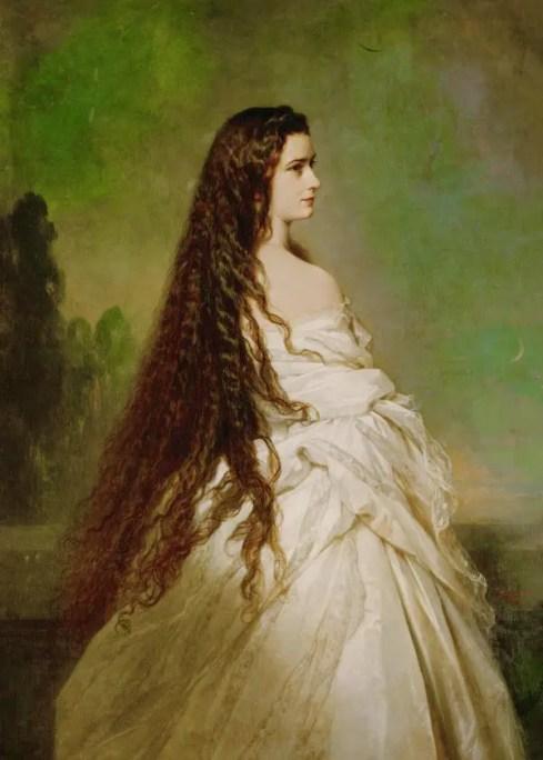 Portrait de Sissi par Franz-Xaver Winterhalter en 1864, dévoilant son impressionnante chevelure, dont elle était si fière.