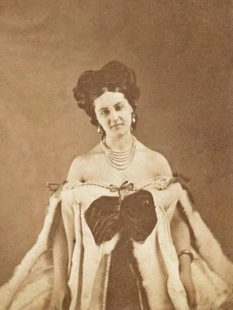 """""""Epaules nues"""", 1860's - Pierson"""