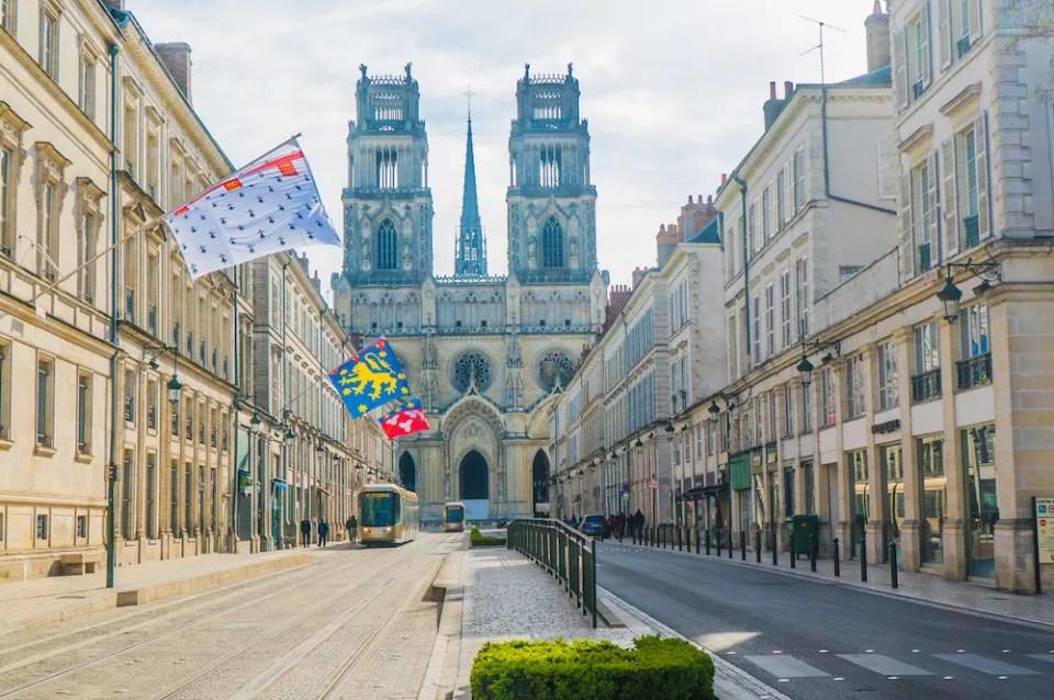 Magnifique vue sur la cathédrale Sainte-Croix