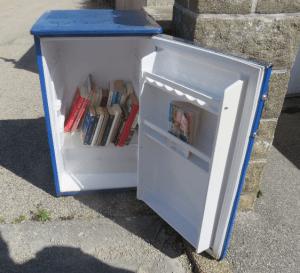 Frigo-boîte-à-livres de Douarnenez