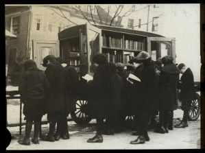 """Manuscripts and Archives Division, The New York Public Library. """"Under spell of the book - near a truck full, 1923, children choosing books."""" The New York Public Library Digital Collections. 1923. http://digitalcollections.nypl.org/items/510d47da-d98d-a3d9-e040-e00a18064a99"""
