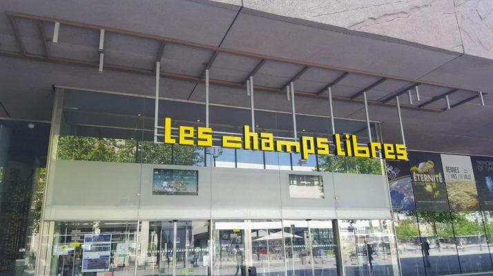 Entrée des Champs Libres
