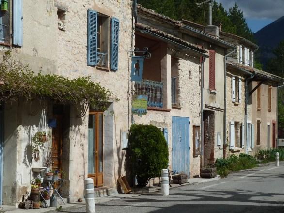 Saint-Vincent sur Jabron. Gîte d'étape La Ribière.