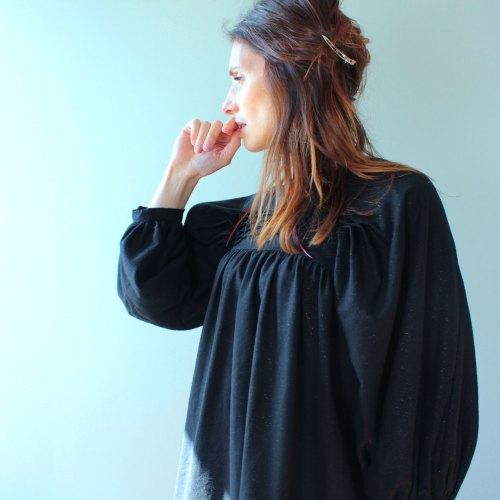 Patron de couture robe noire nekkar