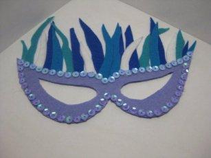 http://www.ellahoy.es/ocio/fotos/mascaras-de-carnaval-fotos-de-originales-modelos_12481_3.html