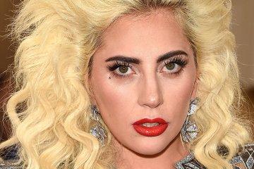 Lady Gaga. Tame Impala. En vivo. New Person, Same Old Mistakes. Cúsica Plus