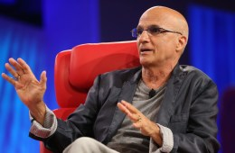 Jimmy Iovine: Apple Músic no busca comprar Tidal. Industria. Cúsica Plus