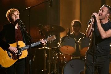 Chad Smith, Chris Martin, Beck y otros se unieron para versionar a los Beach Boys, Pink Floyd y a Bruce Springsteen. Cúsica Plus