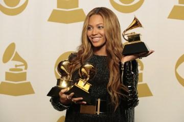 Conoce a los nominados para la edición 59 de los premios Grammy. Cusica Plus