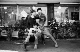 """""""Extraño"""" no es suficiente para describir el nuevo video de Red Hot Chili Peppers para """"Sick Love"""". Cusica Plus"""