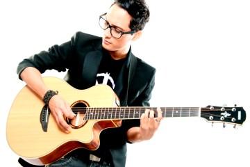 """Yssael revela el videoclip de su más reciente sencillo, """"Contigo"""" y lo celebra con una presentación en Caracas. Cusica Plus"""