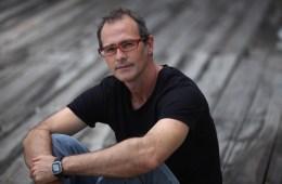 "Wincho Schafer presenta el videoclip de ""Falsa Alarma"". Cusica Plus"