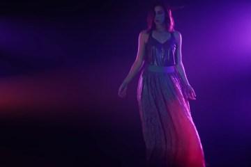"""Mira el video de """"La Marea"""" nuevo tema de Mariana Vega. Cusica plus"""
