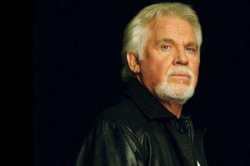 Kenny Rogers se retira en un concierto de lujo. Cusica Plus.