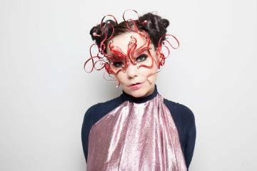 Björk revela el verdadero título de su próximo disco. Cusica plus.